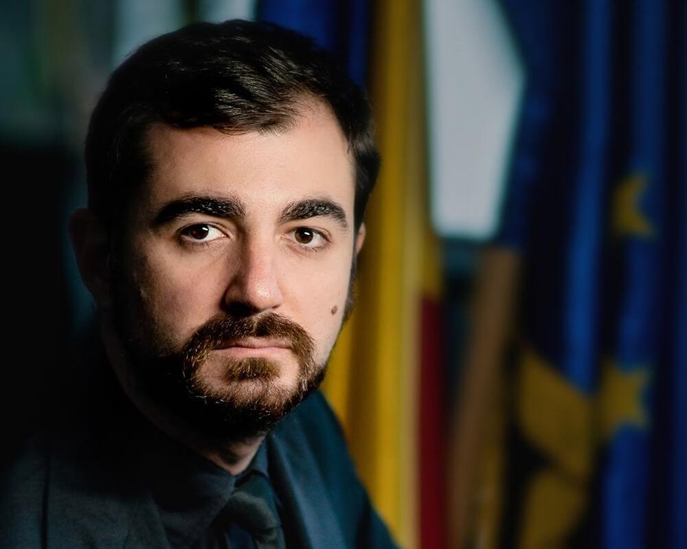 """Ministrul Economiei: """"Din fiecare 100 lei câștigați de un român, statul ia aproape jumătate"""""""