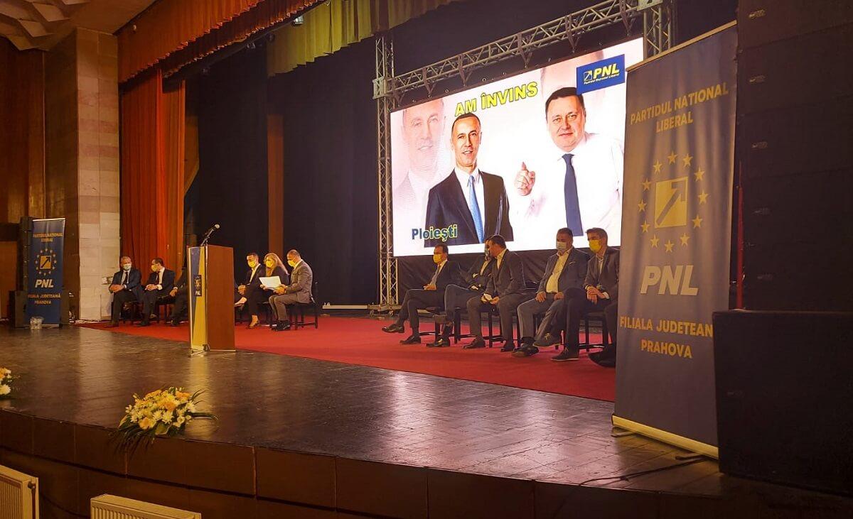 Iulian Dumitrescu a fost reales președintele PNL Prahova