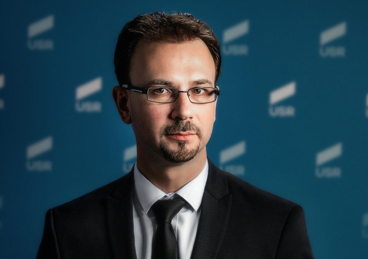 Mihai Poliţeanu (USR PLUS Prahova):